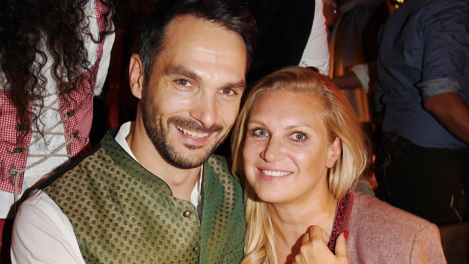 Turn-Legende Magdalena Brzeska total verliebt auf der Wiesn