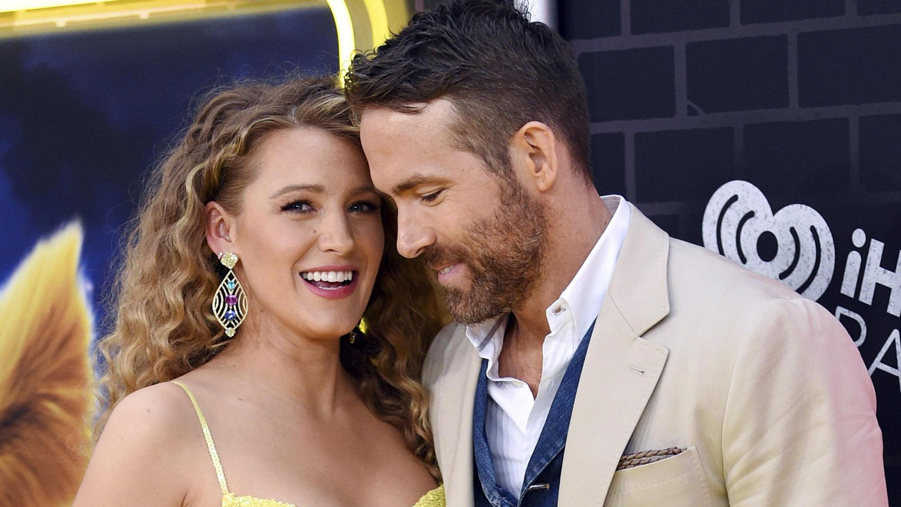 Blake Lively: Hier färbt Ryan Reynolds ihr die Haare - VIP.de, Star News