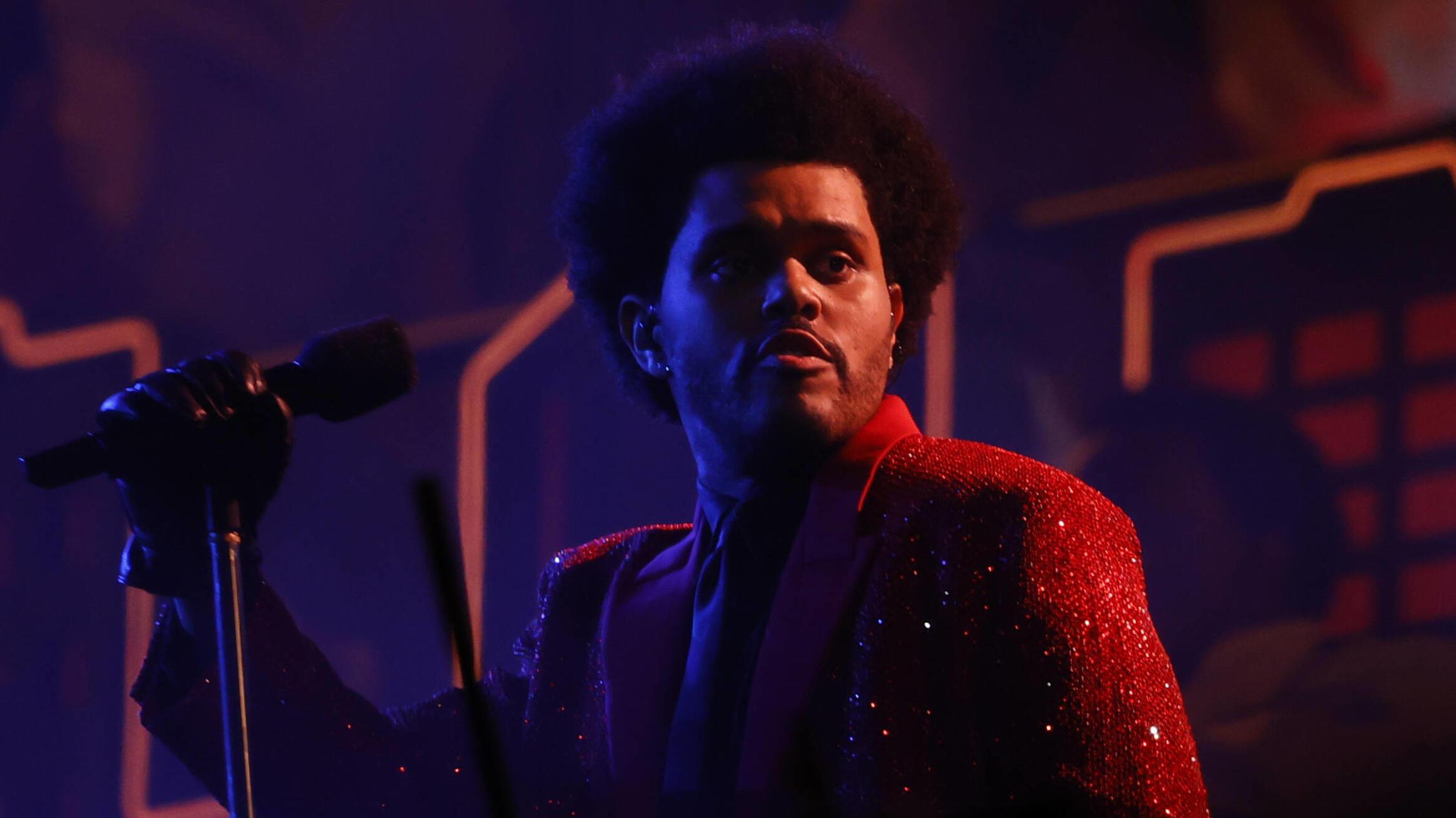 SuperBowl: Sogar Steven Gätjen zerreißt Halbzeit-Show von The Weeknd - VIP.de, Star News