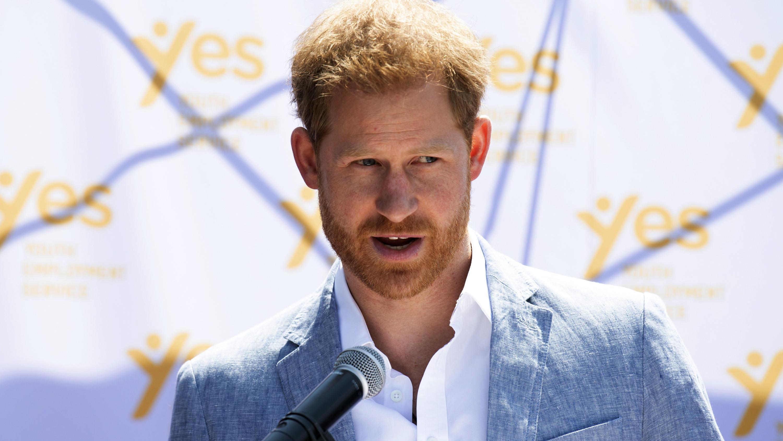 Wie schlimm steht es um Prinz Philip? Harry bereitet sich schon auf den Ernstfall vor - VIP.de, Star News