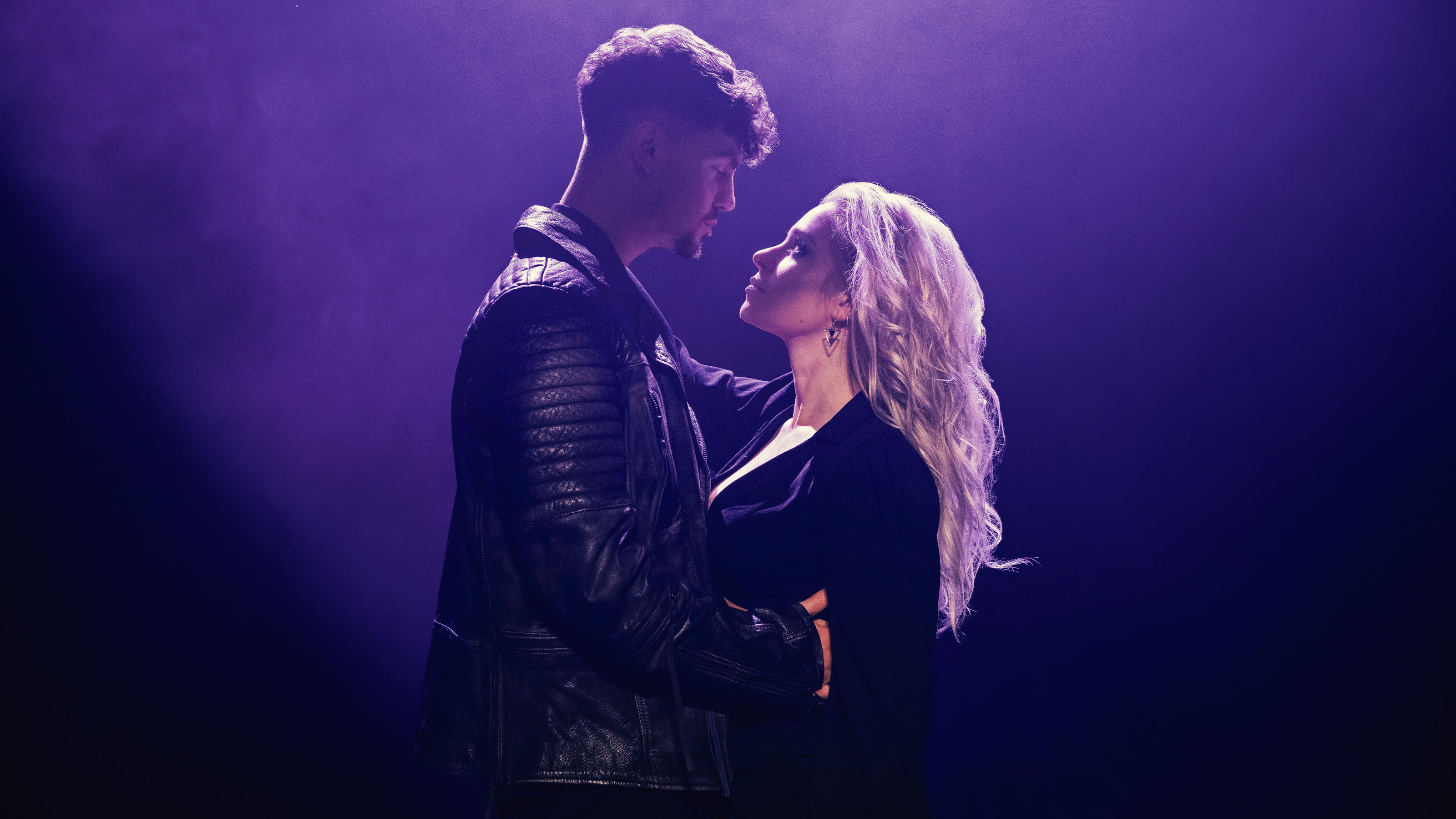 Ex-Boyband-Sänger Karsten Walter liebt Schlagerstar Marina Marx - VIP.de, Star News