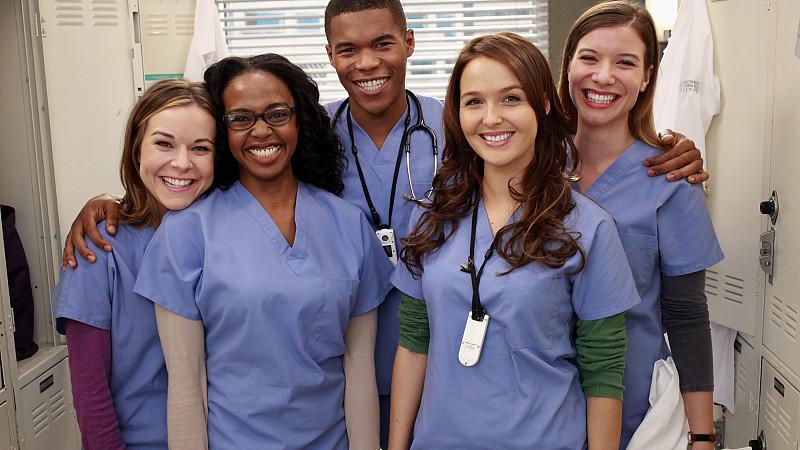 Grey\'s Anatomy\': Assistenzärzte Leah Murphy und Shane Ross steigen aus