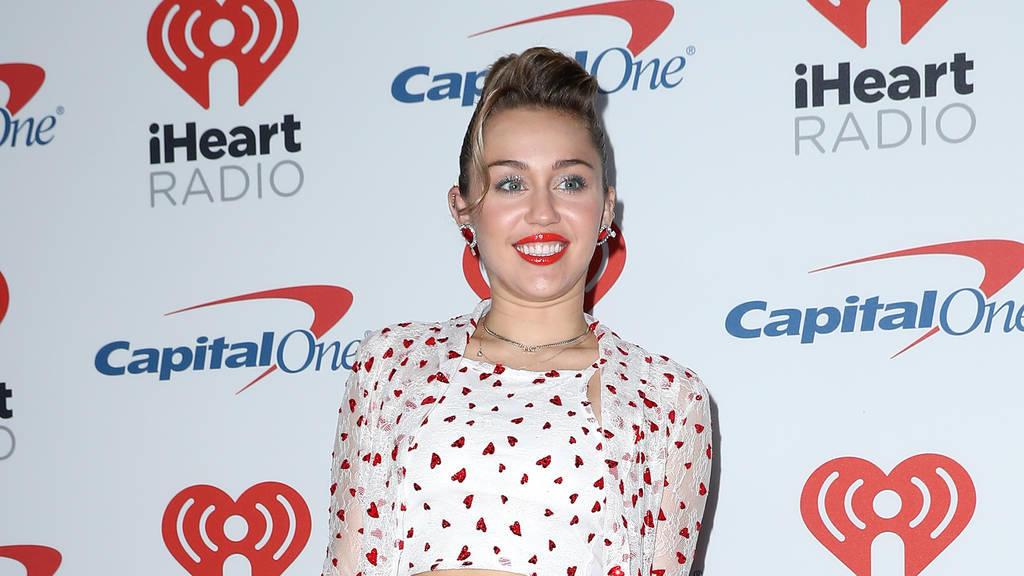 Miley Cyrus schwanger? So witzig reagiert sie auf die Gerüchte