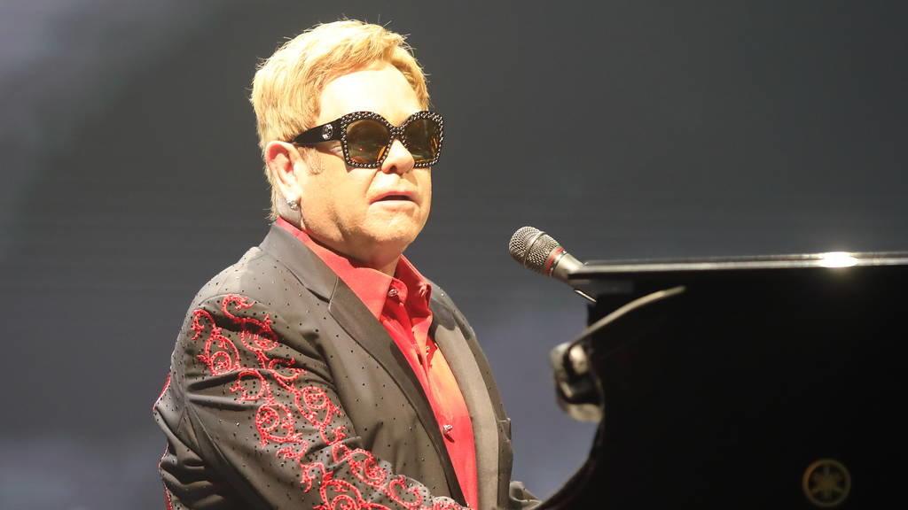 Elton John trauert um seine geliebte Mutter Sheila