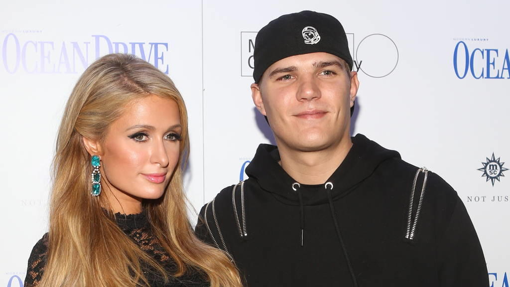 Paris Hilton hat sich verlobt!