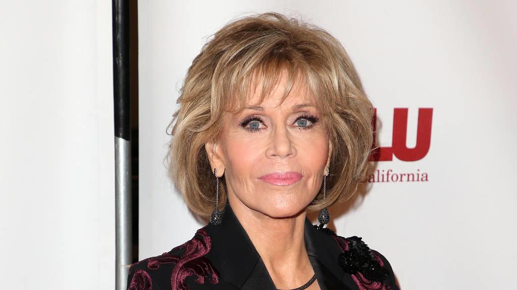 Jane Fonda Lippenkrebs- aber sie lässt sich nicht unterkriegen