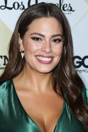 Busen-Fail bei Ashley Graham