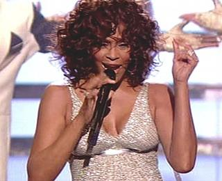 Whitney Houston Kleider-Panne X-Factor