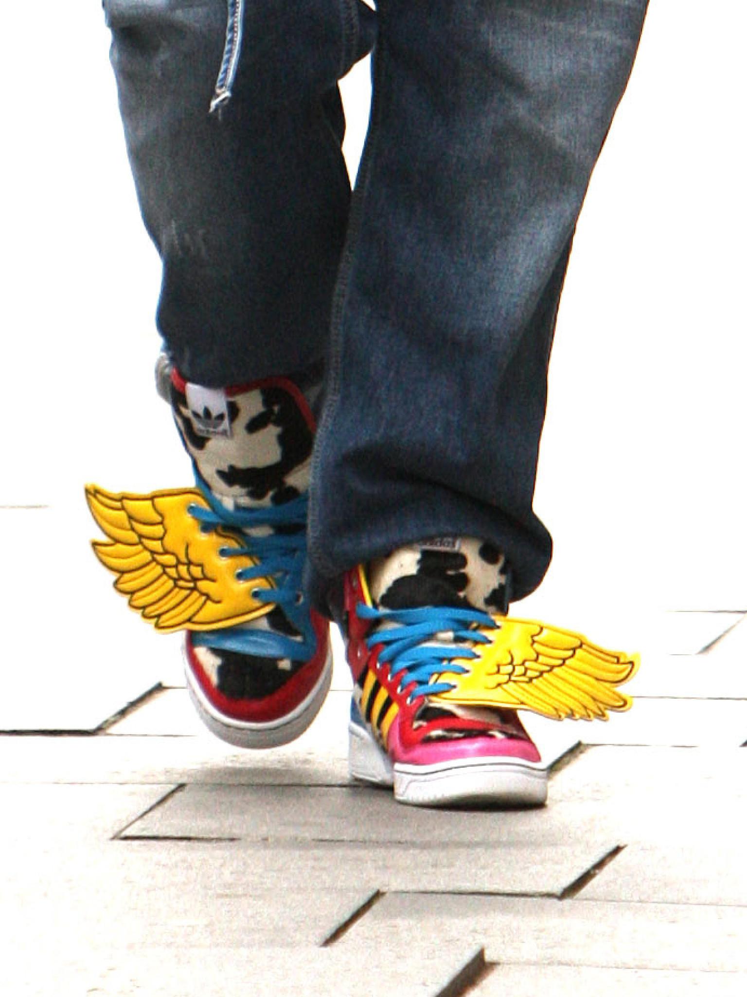online store 36eb0 08c09 Total verrückte Schuhe