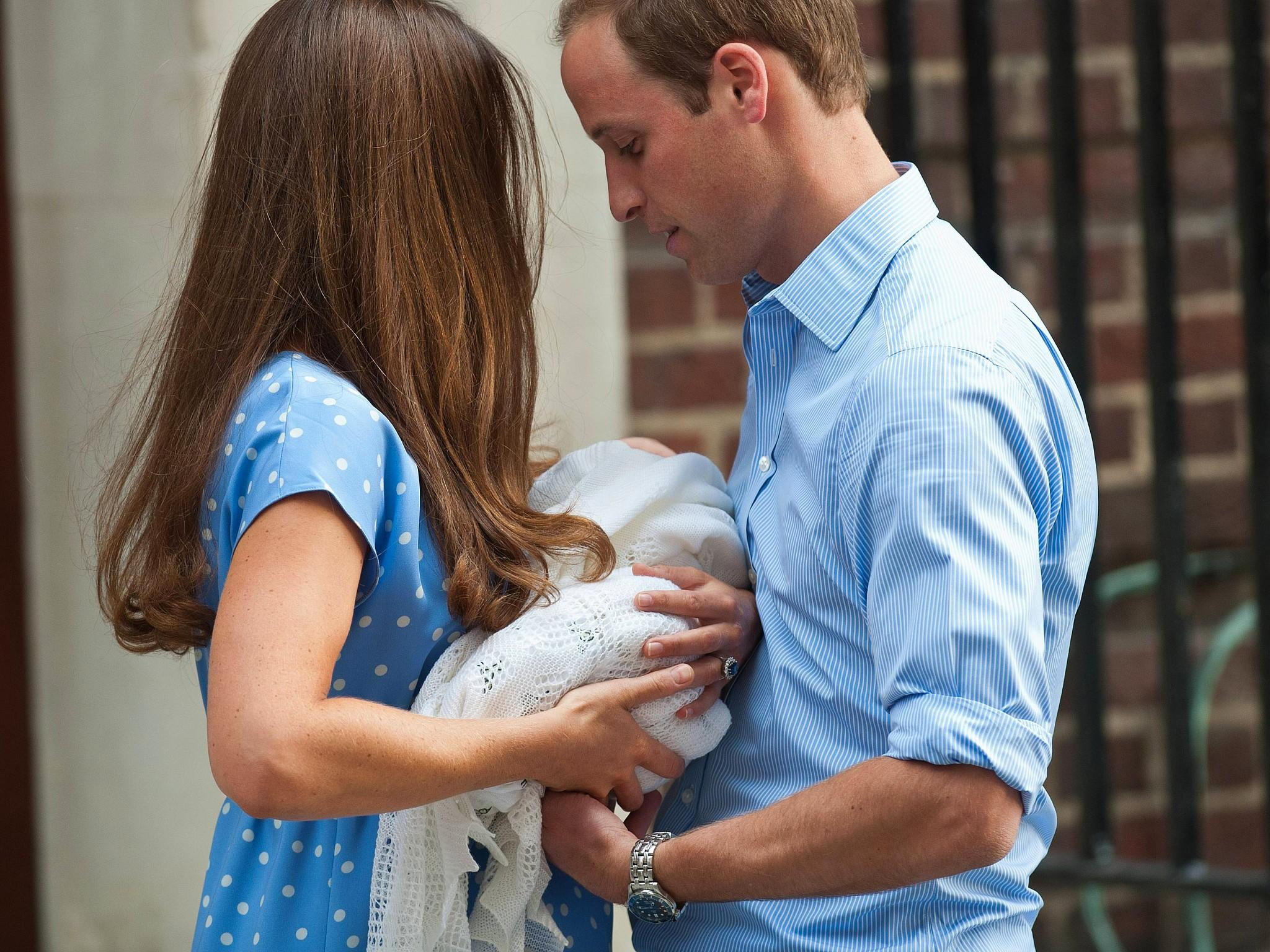 Catherine und William zeigen ihr Royal Baby