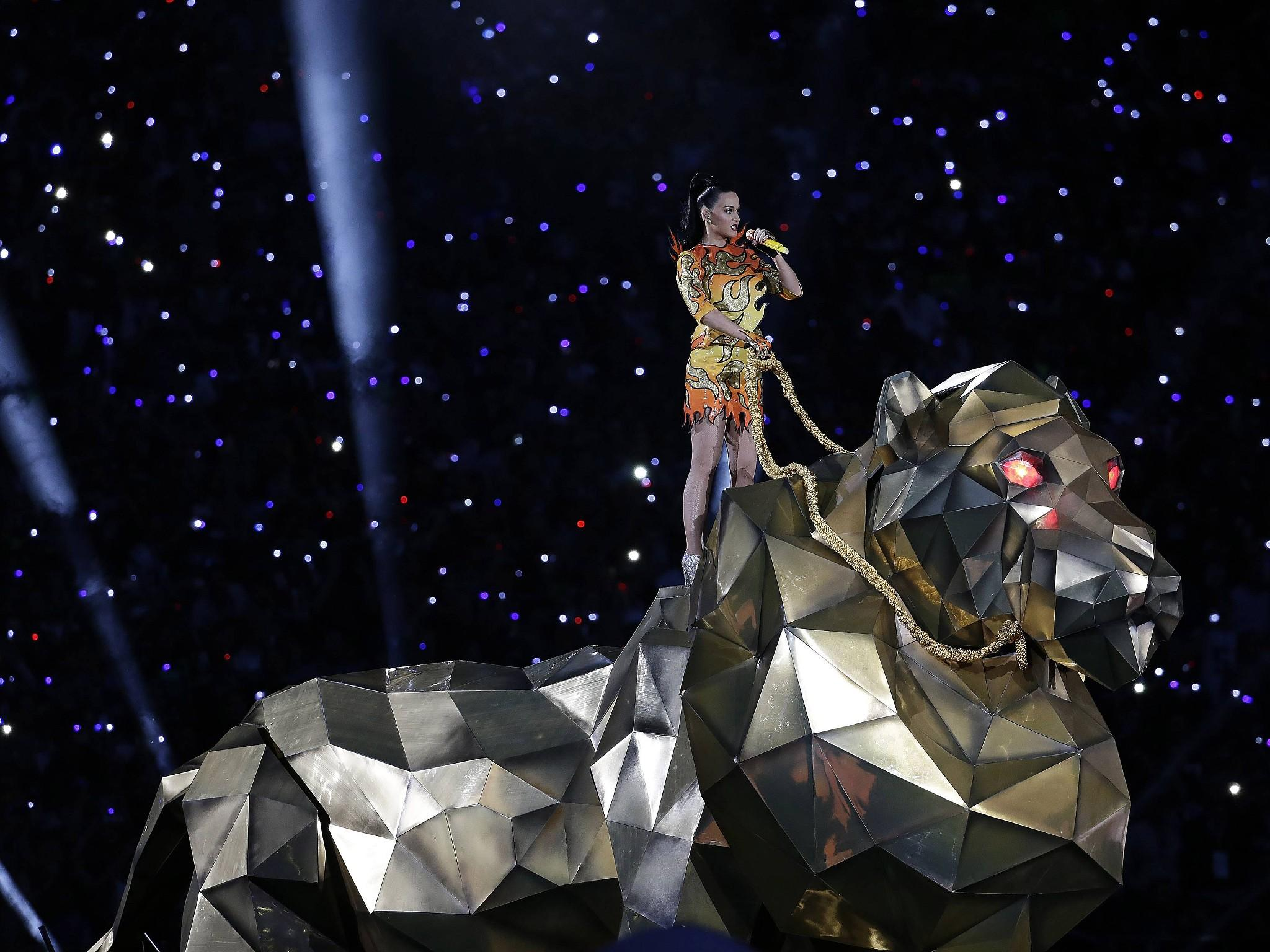 Super Bowl 2015 Highlights Social Media Stars Promis Vips