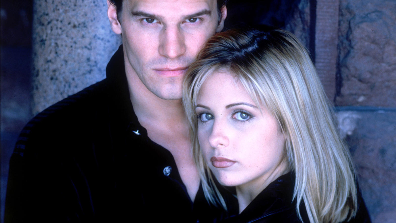 David Boreanz als Angel, Sarah Michelle Gellar als Buffy