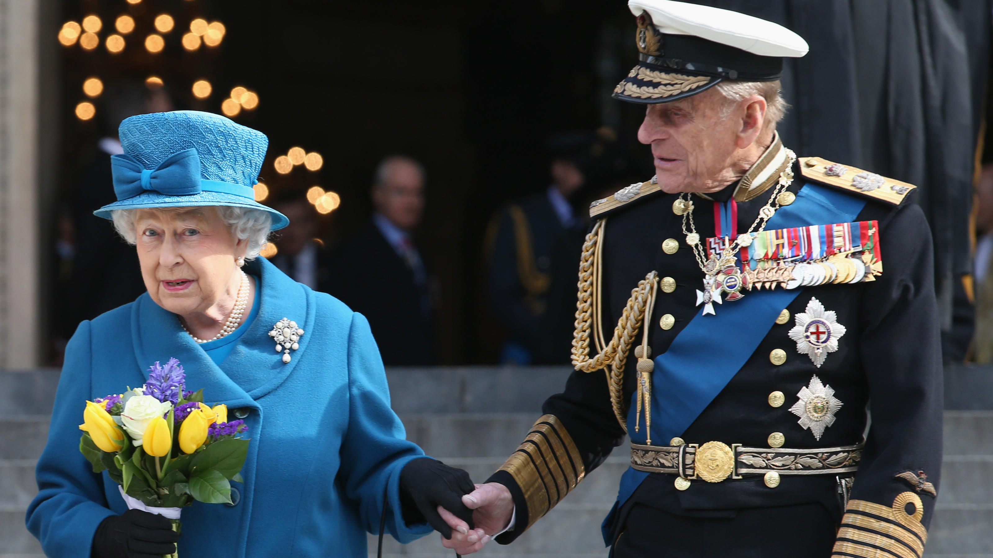Prinz Philip gestorben? Queen Elizabeth II. kocht wegen