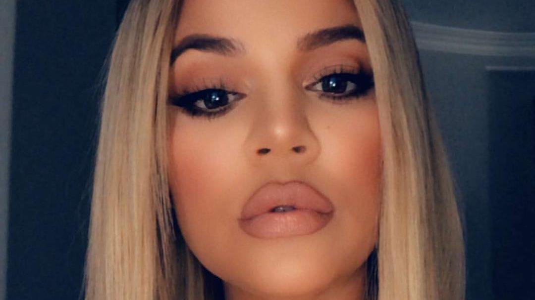 Khloé Kardashian Postet Bild Mit Baby True Und Die Fans Zählen Die