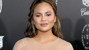 Chrissy Teigen postet mutiges Video