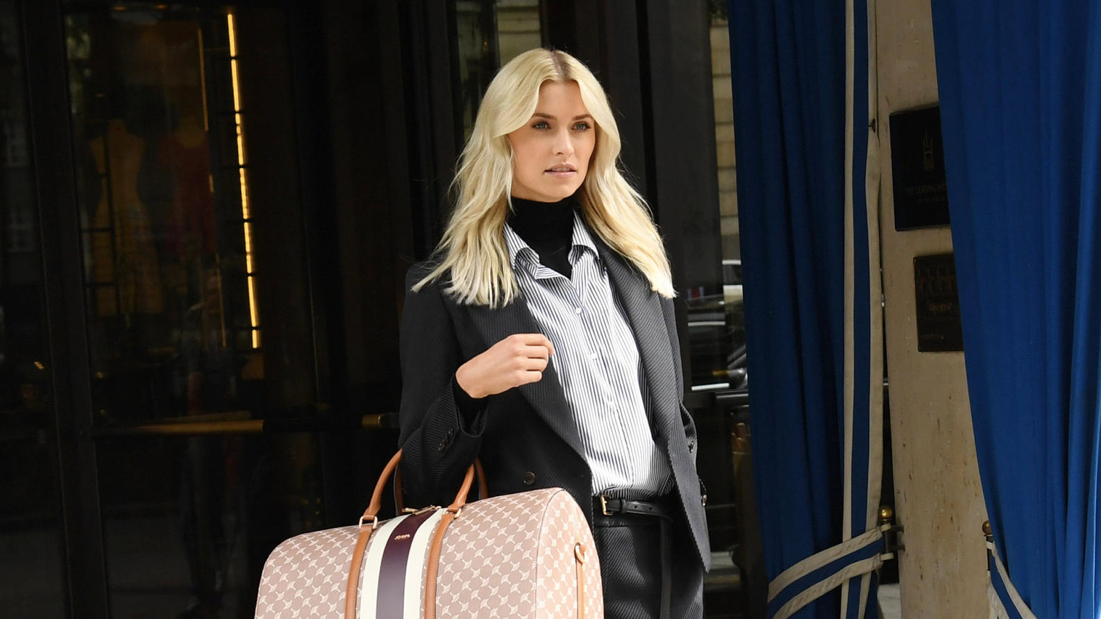 Lena Gercke photo shooting for Joop in front of Bayerischer Hof in Munich**No web and no daily newspapers until 11.09.2018**Featuring: Lena GerckeWhere: Munich, GermanyWhen: 17 May 2018Credit: Starpress fuer Joop / WENN**No web and no daily newspaper