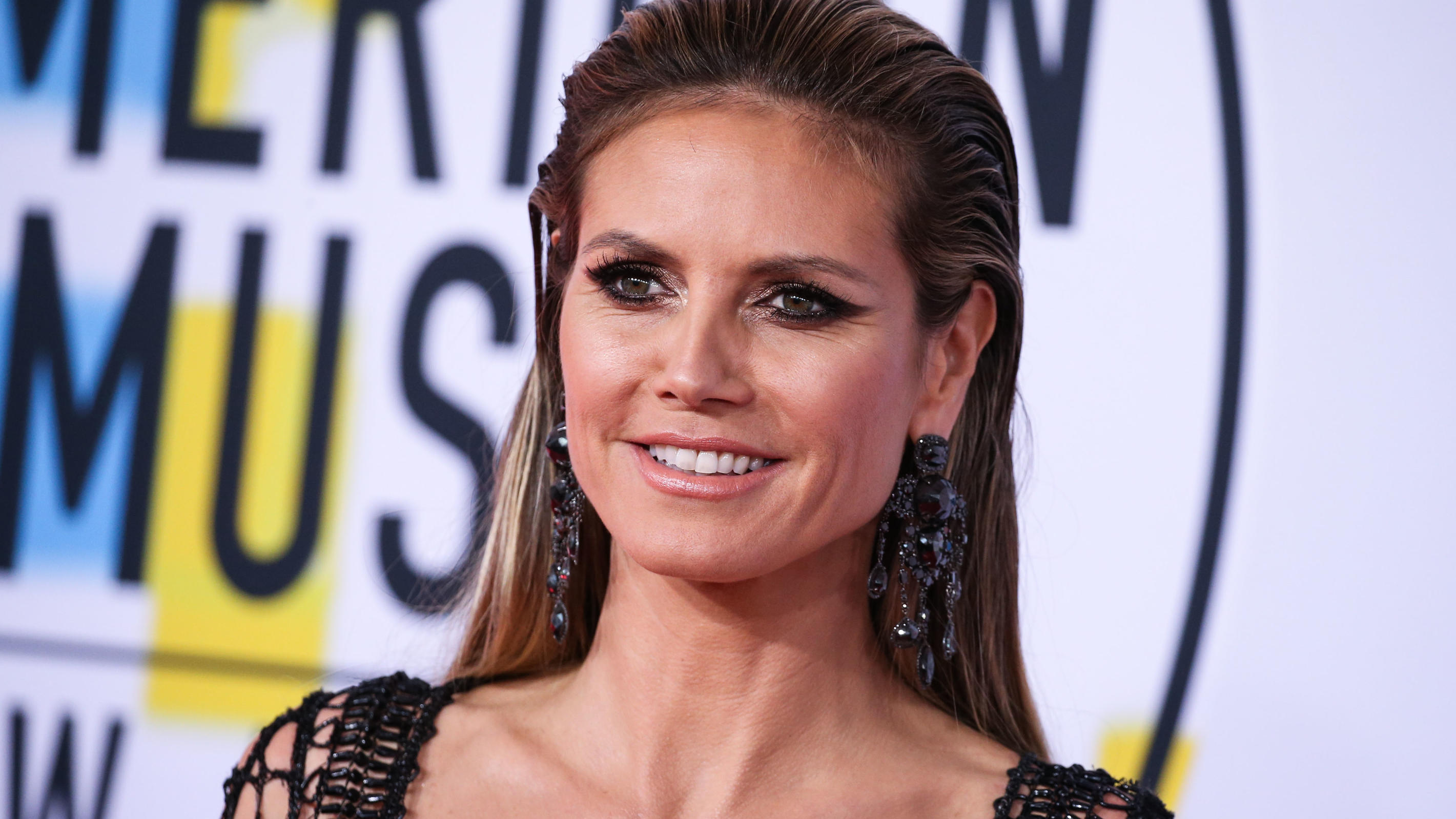 LOS ANGELES, CA, USA - OCTOBER 09: 2018 American Music Awards held at the Microsoft Theatre L.A. Live on October 9, 2018 in Los Angeles, California, United States. (Photo by Xavier Collin/Image Press Agency/Splash News)Pictured: Heidi KlumRef: SPL503
