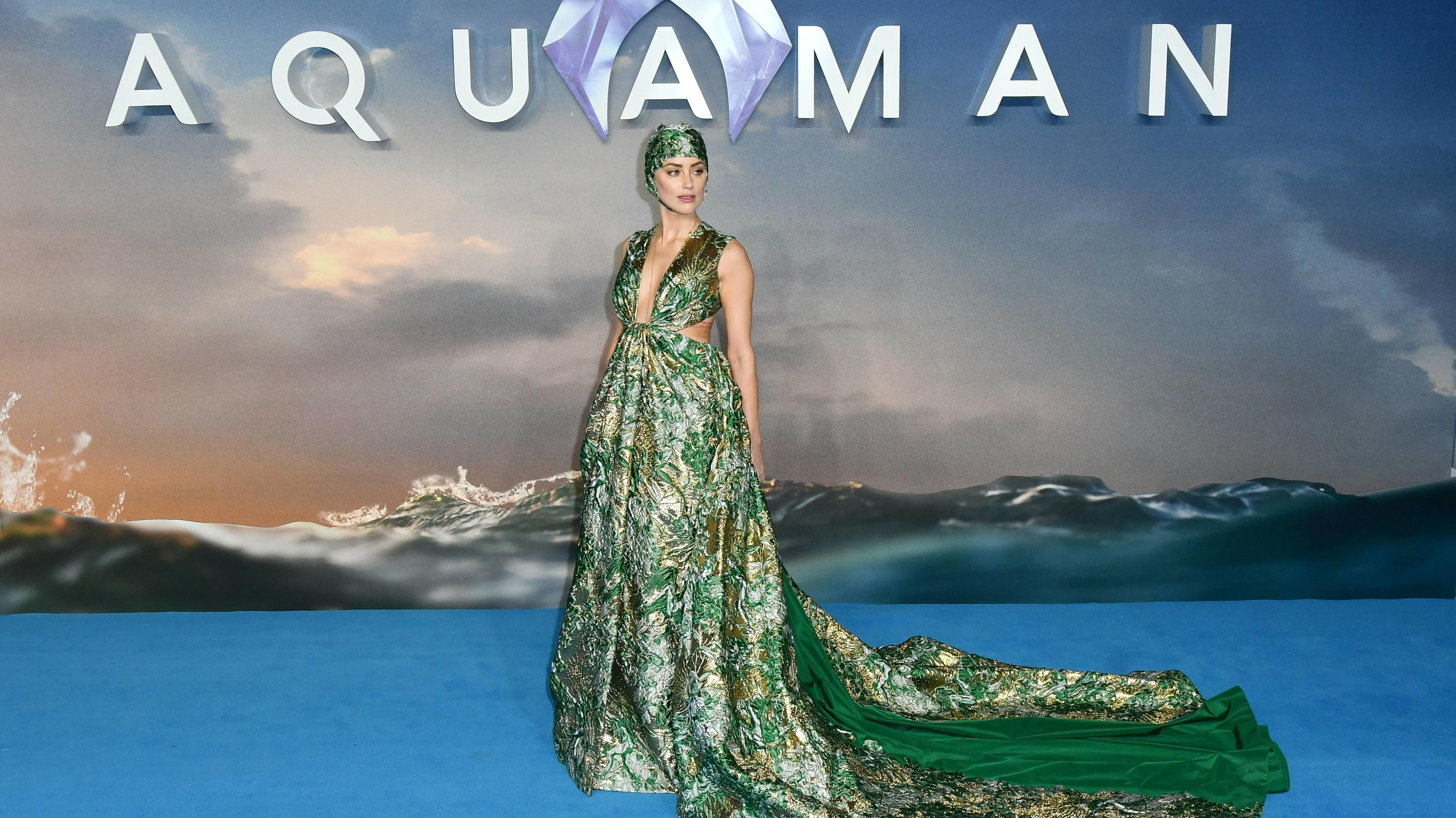 Entertainment Bilder des Tages American actress Amber Heard attends the World Premiere of Aquaman at Cineworld Leicester Square in London. NOVEMBER 26th 2018 PUBLICATIONxINxGERxSUIxAUTxHUNxONLY SLIx184390