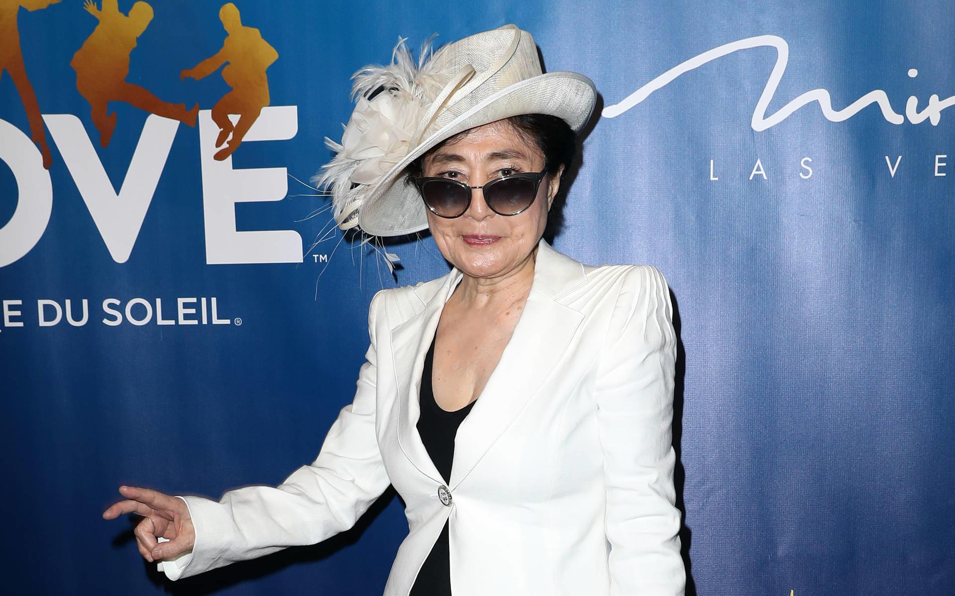 Yoko Ono Ein Ganz Besonderes Geschenk Zur Goldenen Hochzeit