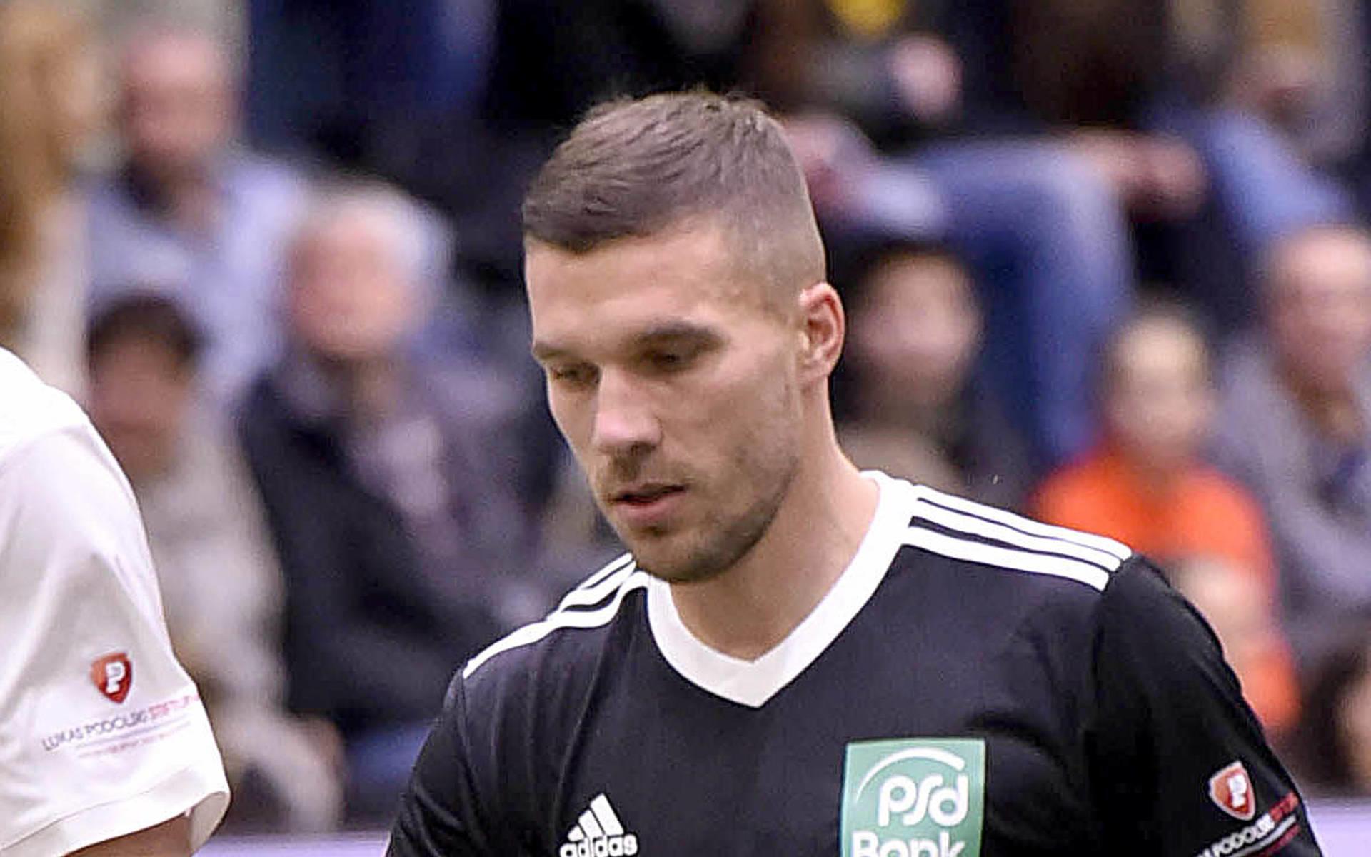 Geht Die Beziehung In Die Bruche Lukas Podolski Und Der 1 Fc Koln