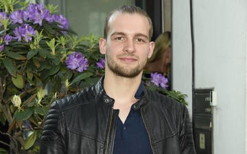 Gute Zeiten Schlechte Zeiten Star Daniel Fehlow Zeigt Sich Mit