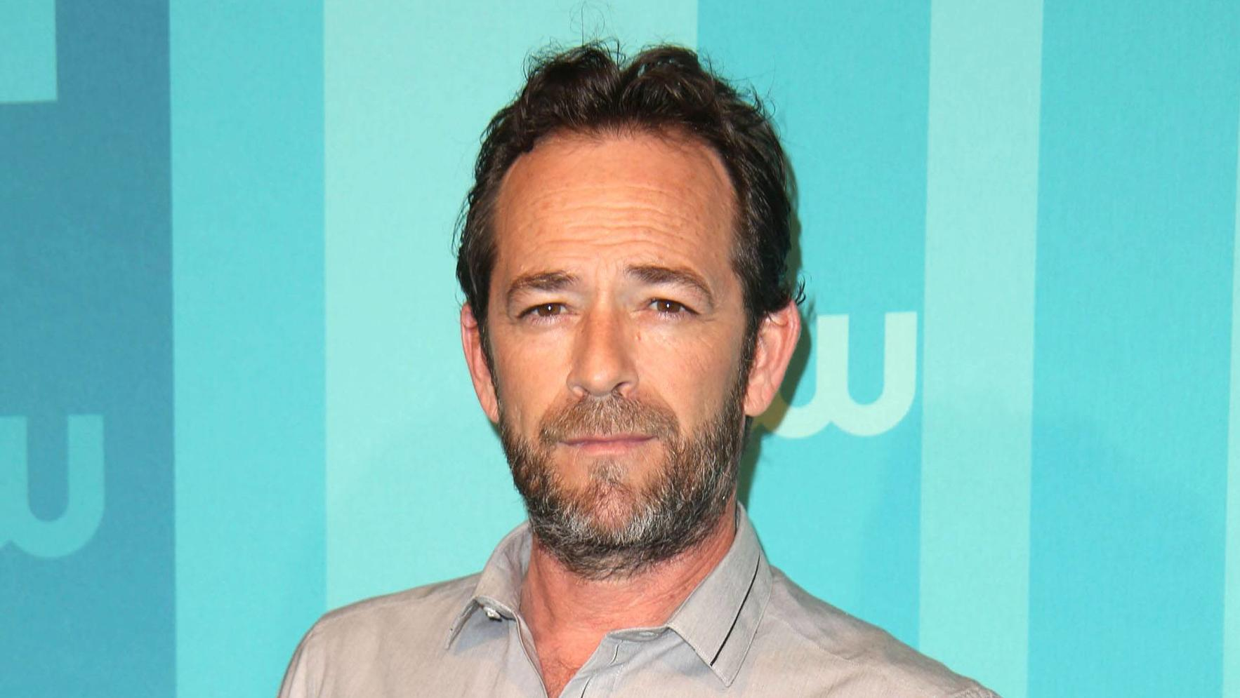 May 17, 2017 - New York, N.Y, USA - LUKE PERRY attends the CW Upfront Red Carpet,.The London Hotel, NYC.May 18, 2017.Photos by , Globe Photos Inc. New York USA PUBLICATIONxINxGERxSUIxAUTxONLY - ZUMAms4_ 20170517_zaa_ms4_125 Copyright: xSoniaxMoskowit