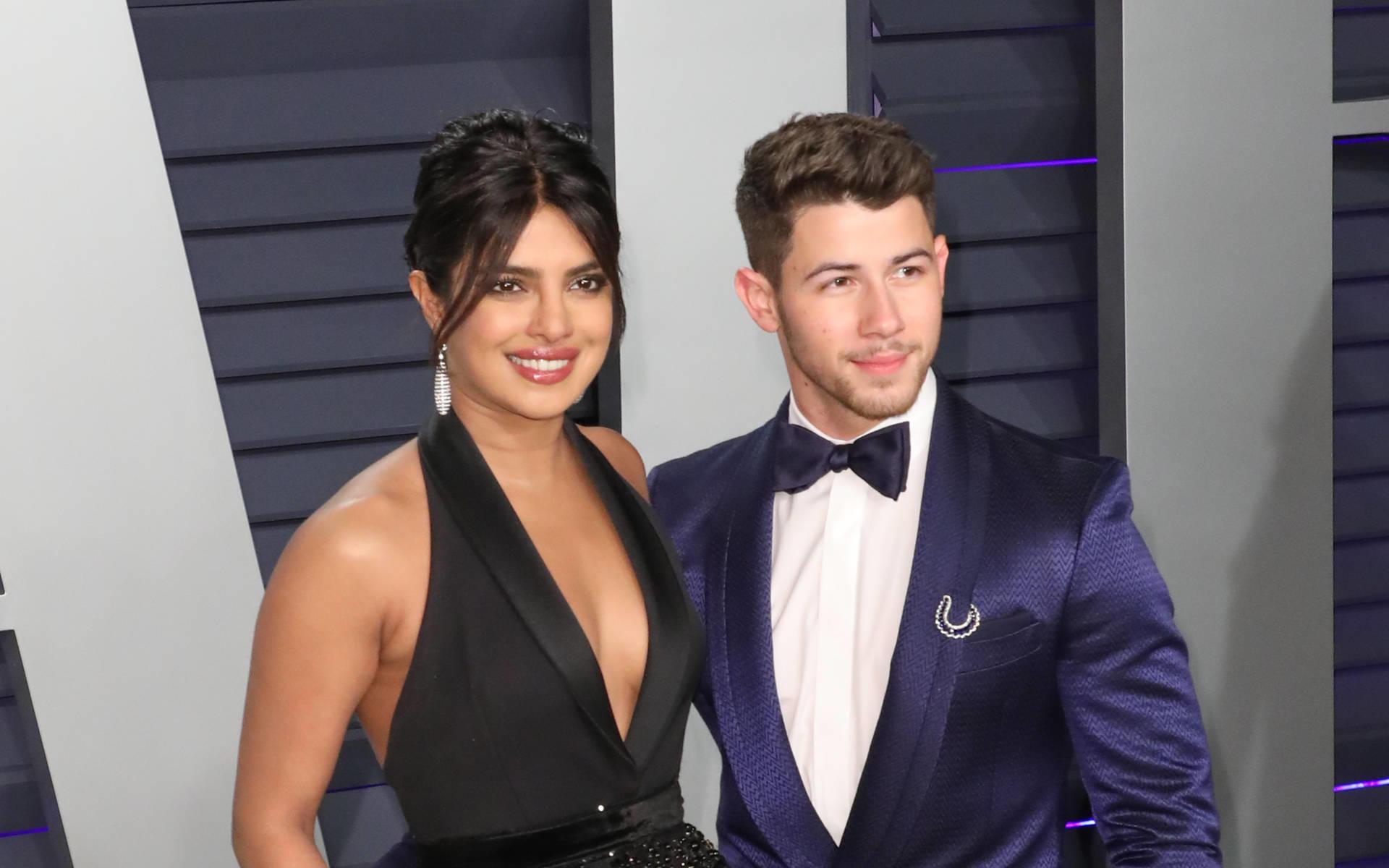 Priyanka Chopra Und Nick Jonas Face-Time-Sex Hilft Bei -9727