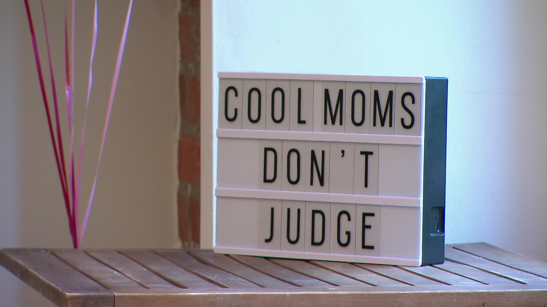 Cool Mums Don't Judge