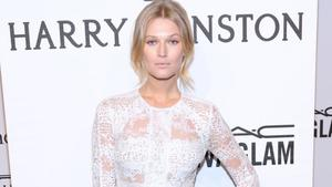 Toni Garrn: Filmrolle in 'Warning'