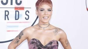 Halsey bekommt Hal David Starlight Award