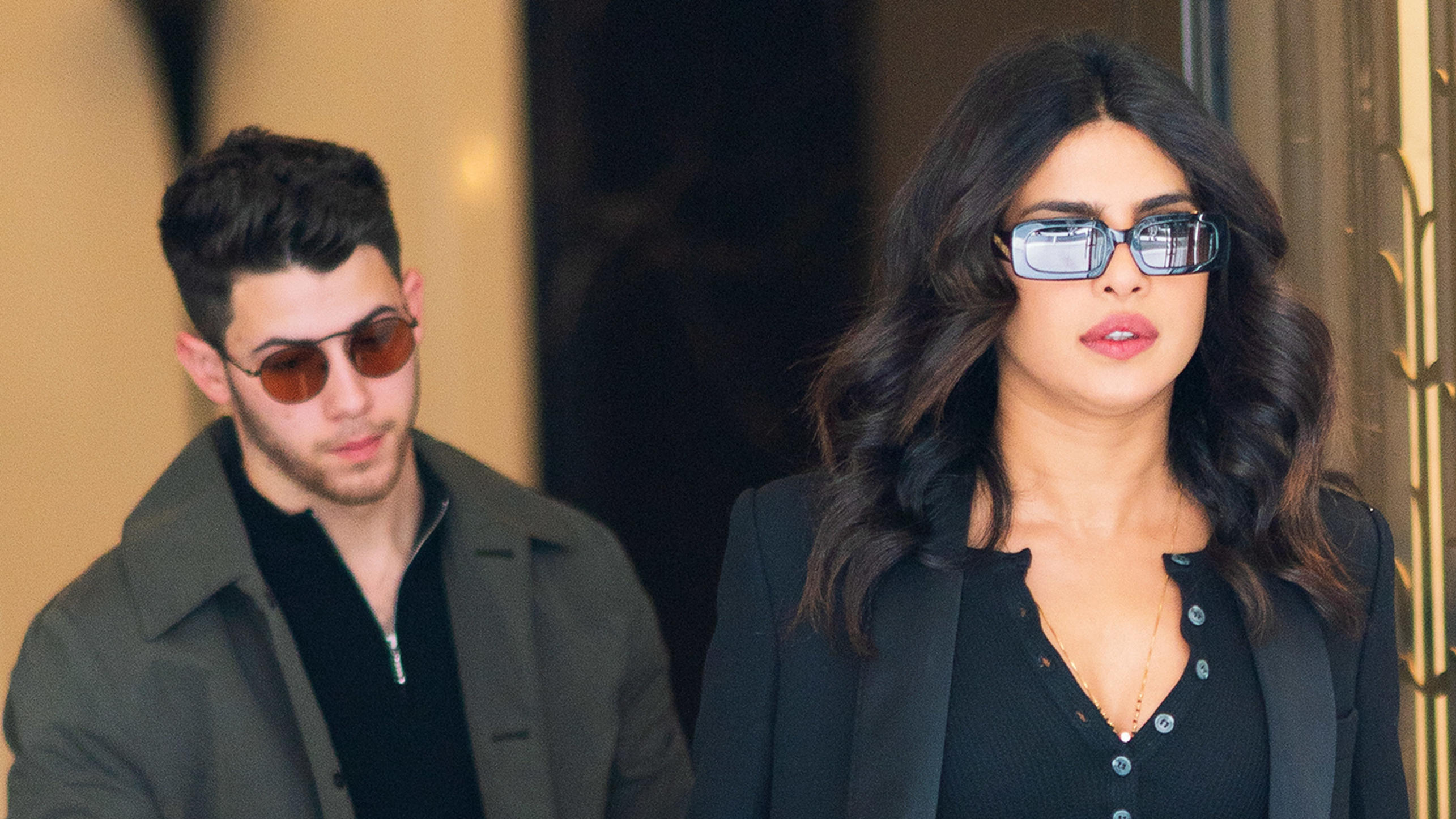 Priyanka Chopra wears her knee brace when heading out of her apartment with beau Nick Jonas in New YorkPictured: Nick Jonas,Priyanka ChopraRef: SPL5098272 160619 NON-EXCLUSIVEPicture by: Jackson Lee / SplashNews.comSplash News and PicturesLos Angeles