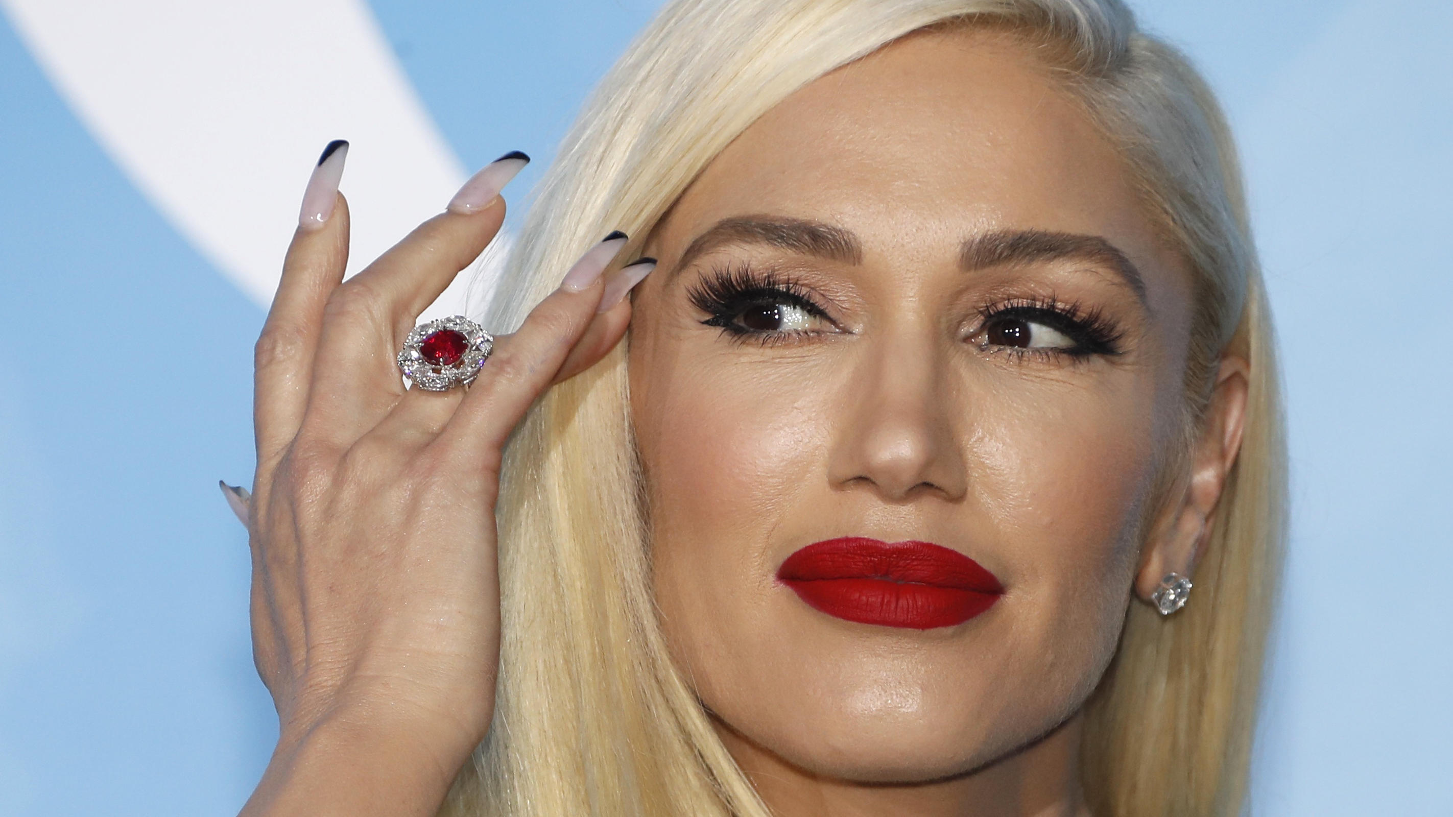 Gwen Stefani poses on the red carpet to attend  the Monte Carlo Gala for the Global Ocean in Monaco, September 26, 2019. REUTERS/Eric Gaillard