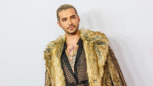 "Bill Kaulitz stylt ""Monsun""-Look nach"