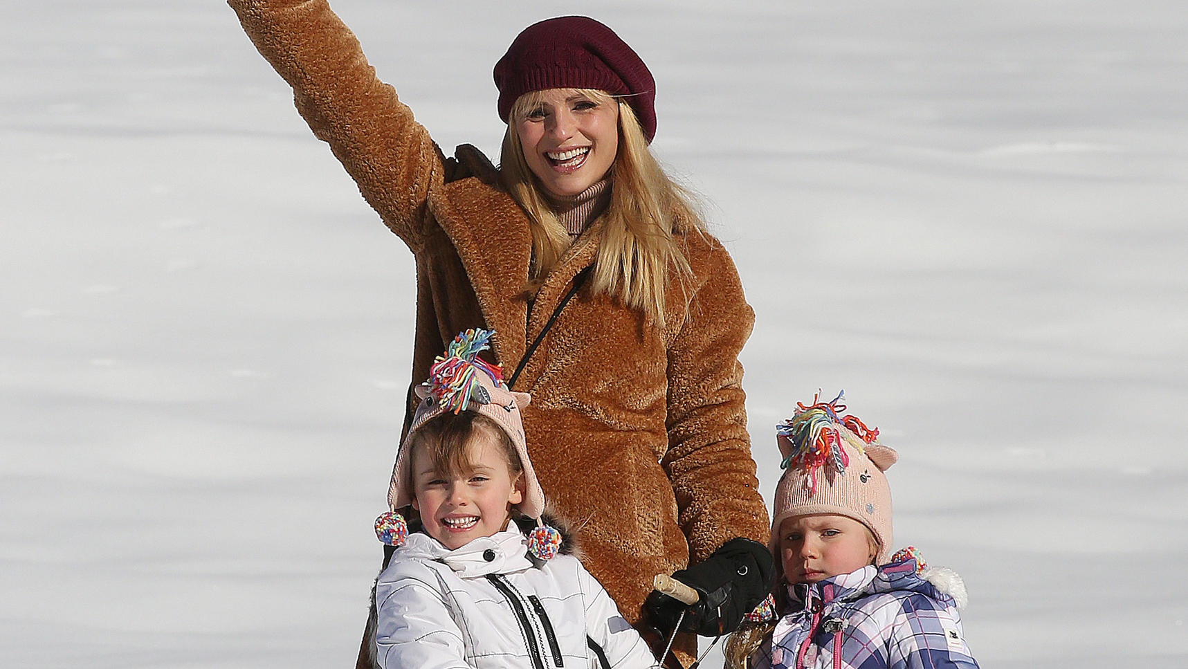 **USE CHILD PIXELATED IMAGES IF YOUR TERRITORY REQUIRES IT**Dutch TV Presenter Michelle Hunziker pictured with her family in the mountains having fun in the snow on vacation in San Cassiano, Italy.Pictured: Michelle Hunziker,Sole Trussardi,Celeste Tr