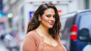 Ashley Graham teilt erstes Babyfoto