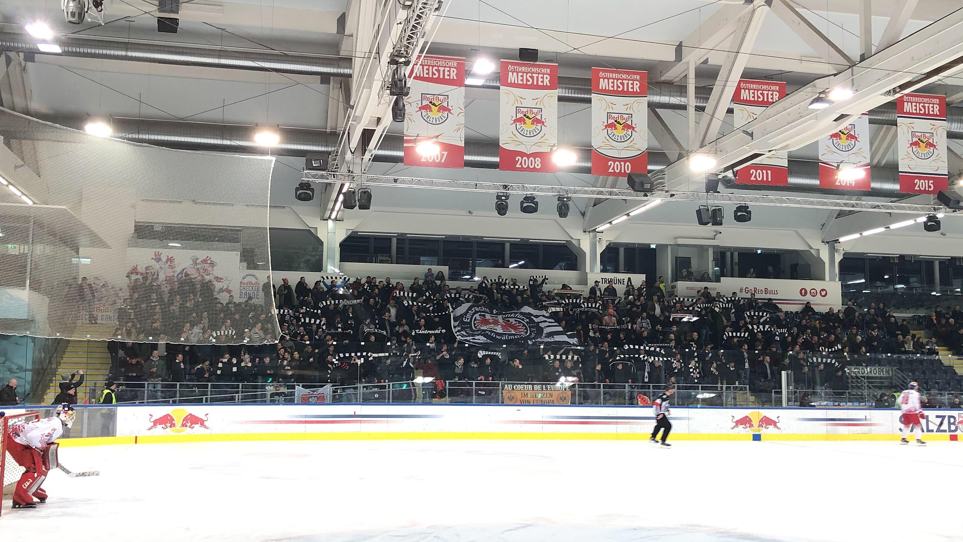 Eintracht Fans Beim Eishockey