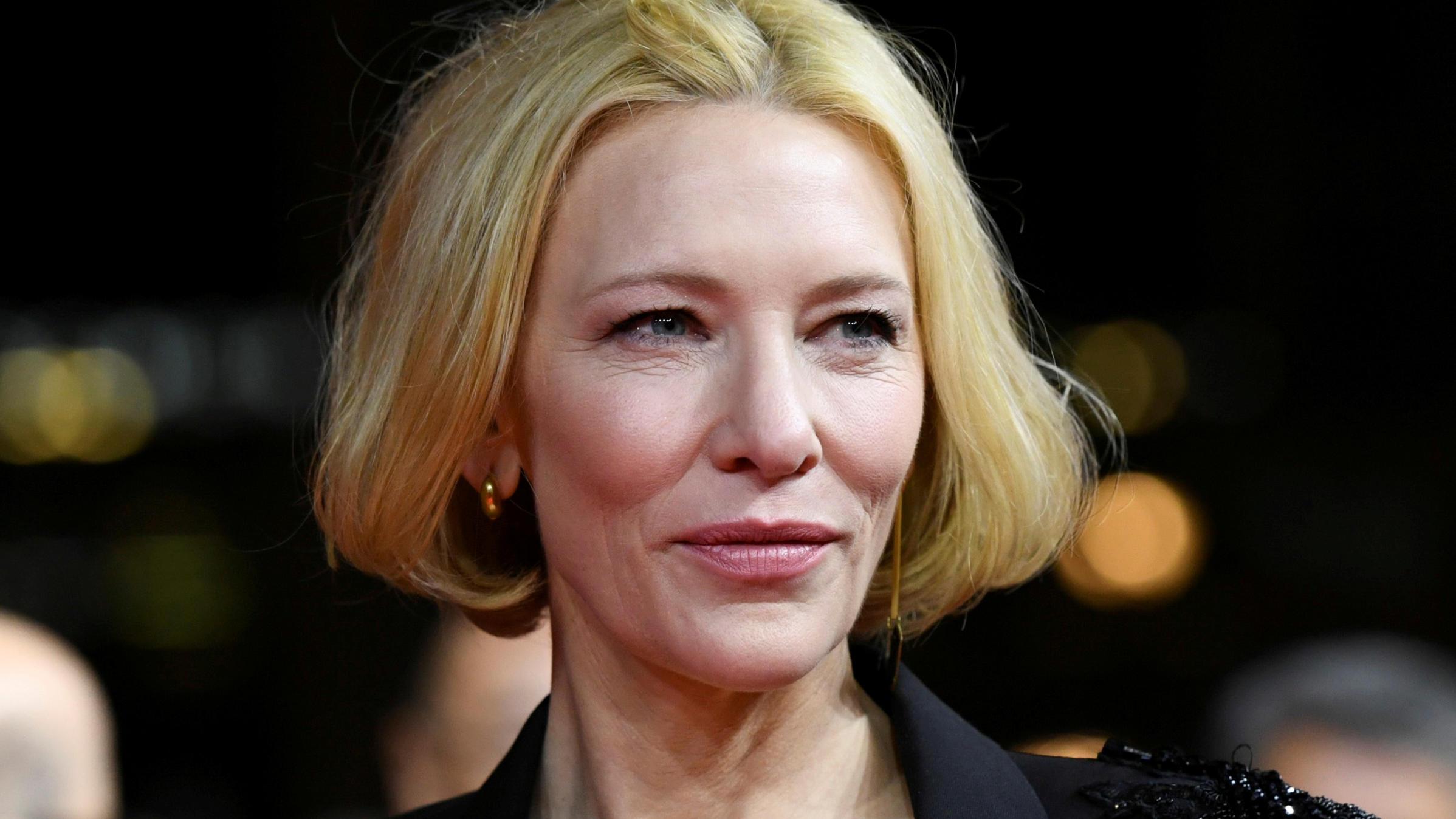 Cate Blanchett Verletzt Sich Mit Einer Kettensage Am Kopf