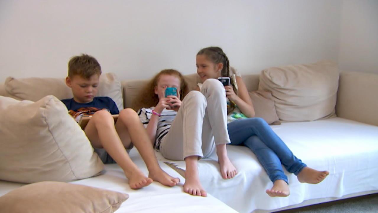 Umfrage zeigt: Handysucht bei Kindern hat