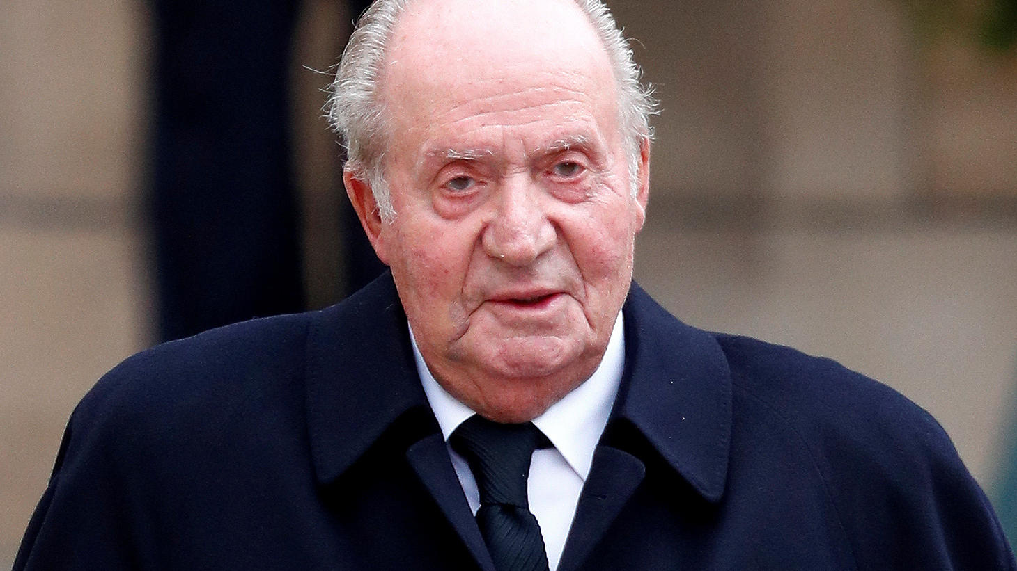 Spain's former king, Juan Carlos, leaves after attending the funeral ceremony of Luxembourg's Grand Duke Jean at the Notre-Dame Cathedral in Luxembourg, May 4, 2019. REUTERS/Francois Lenoir/File Photo