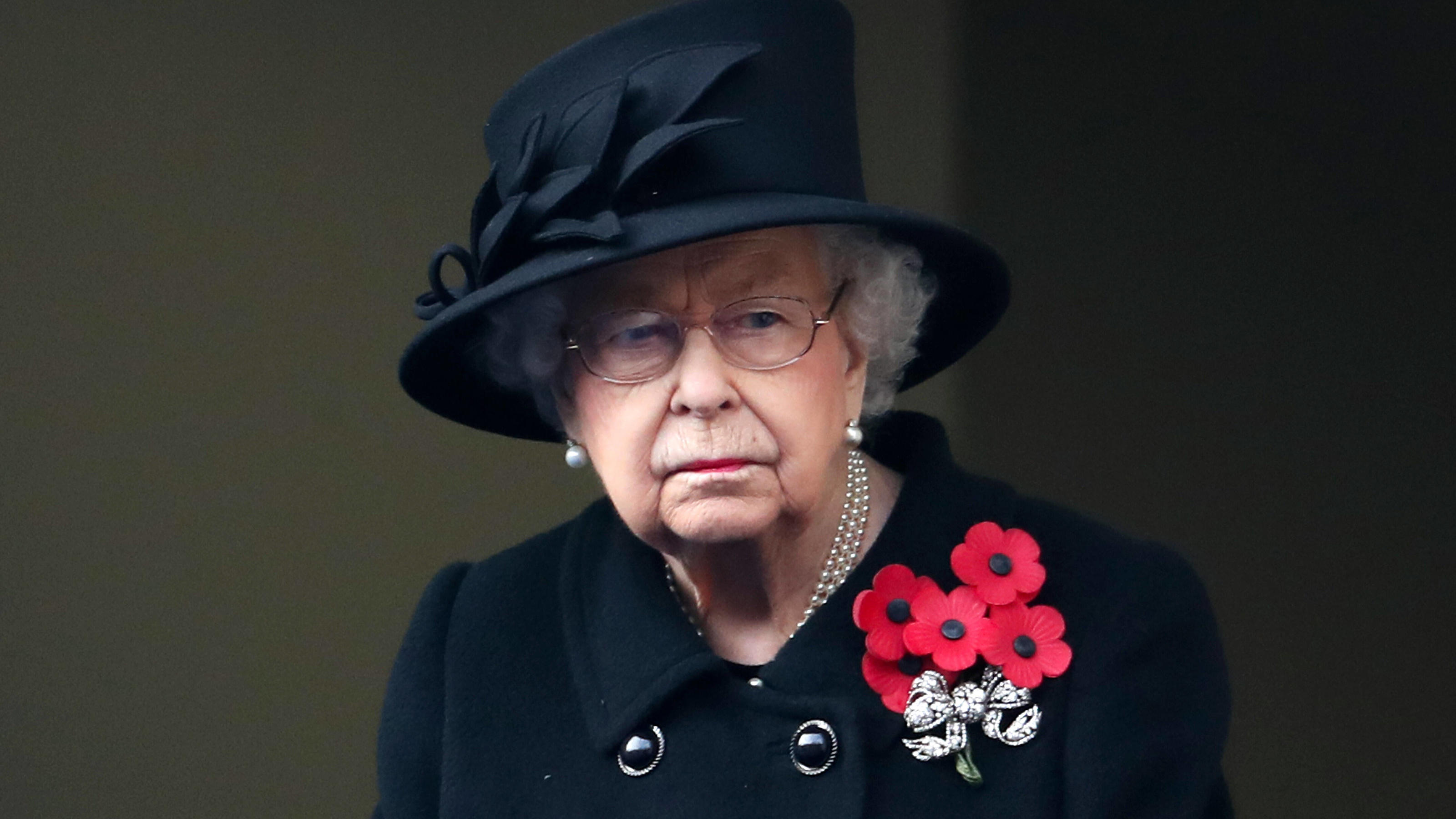 . 08/11/2020. London, United Kingdom. Queen Elizabeth II at the Remembrance Sunday service at The Cenotaph in London. PUBLICATIONxINxGERxSUIxAUTxHUNxONLY xi-Imagesx IIM-21776-0035