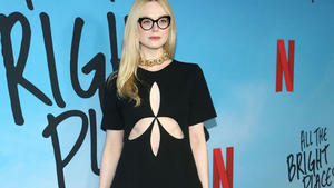 Elle Fanning tritt dem Cast von 'Francis and The ...