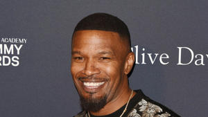 Jamie Foxx und January Jones spielen in 'God Is A Bullet'