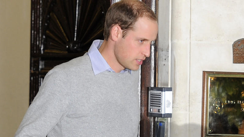 Krankenbesuch: Prinz William bei Catherine in der Klinik.
