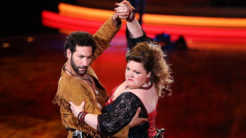 Manuela Wisbeck LetS Dance