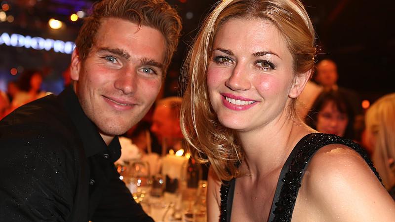 Nina Bott zeigt sich erstmals mit Freund Benjamin Baarz