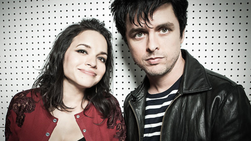 Norah Jones und Billie Joe Armstrong