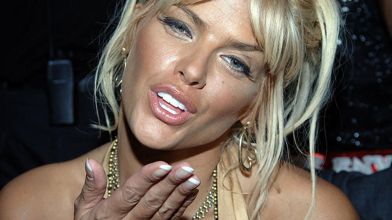 Playboy-Model Anna Nicole Smith starb 2007 an einem Medikamenten-Cocktail.
