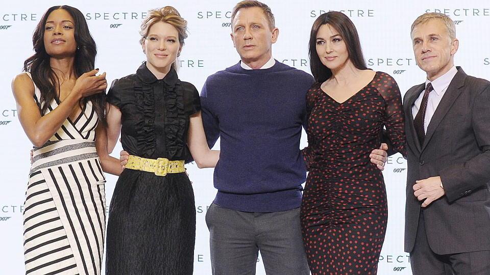 Daniel Craig Im Neuen James Bond Film Wird Er Von Léa Seydoux Und