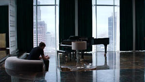 Hier zeigt Mr. Grey sein stylisches Apartment