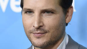 """Twilight""-Star Peter Facinelli bekommt Rolle in ""Supergirl"""